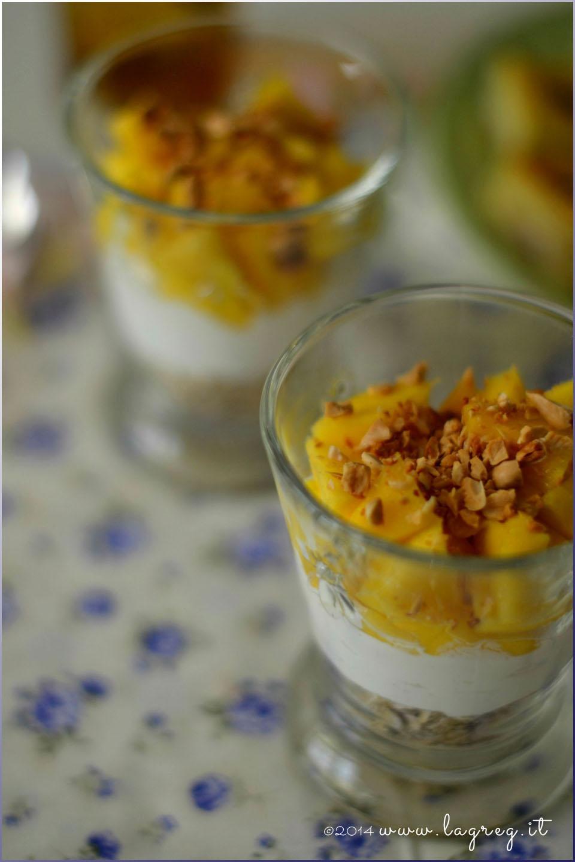 yogurt greco, mango e mandorle2