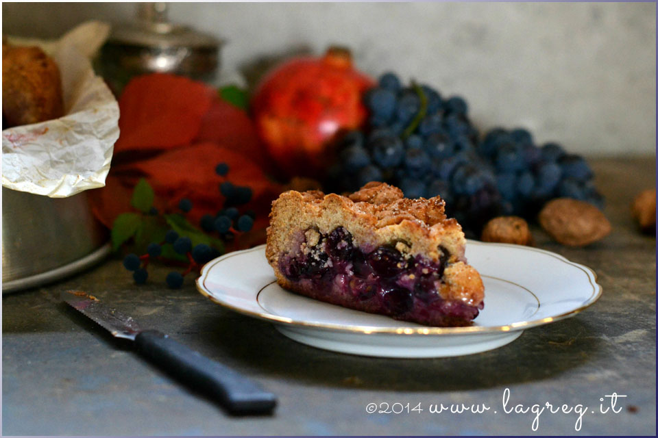 torta bertolina con uva fragola