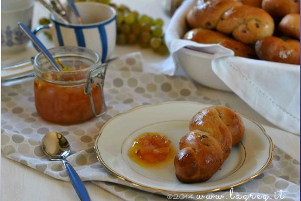 Dolci Da Credenza Biscotti Alle Nocciole : Torta alle mandorle un dolce ideale per l autunno