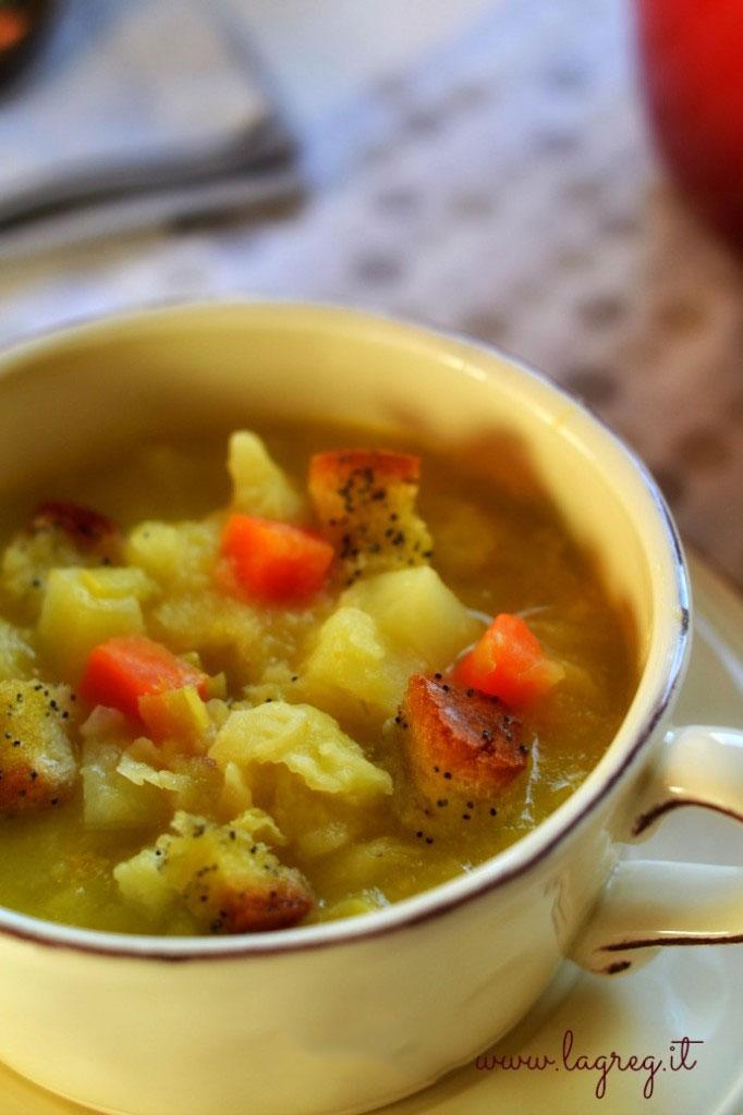 zuppa-di-cavolo-e-patate-allo-zafferan