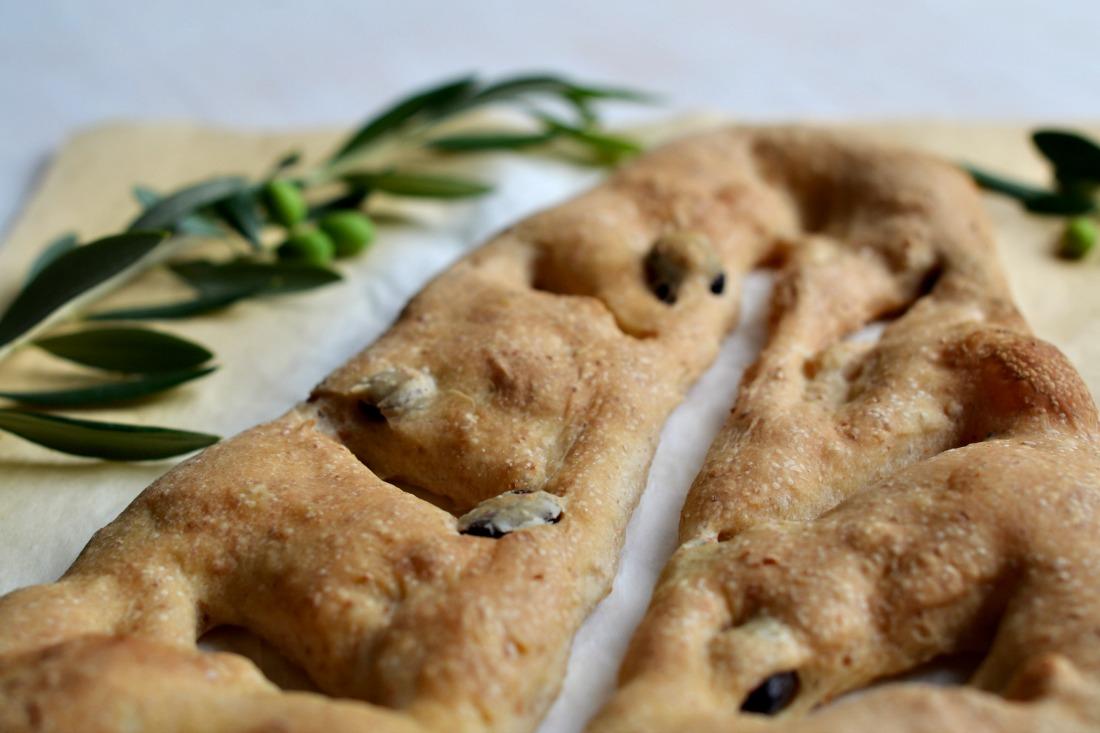 fougasse alle olive slider